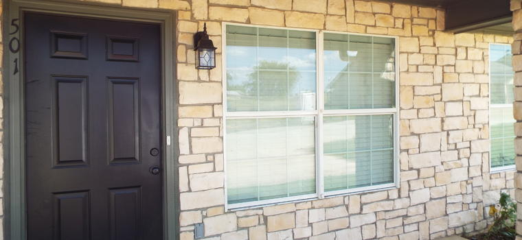 NEW Austin 3 Bedroom 2 Bath Available approximately at the beginning of February Main Photo